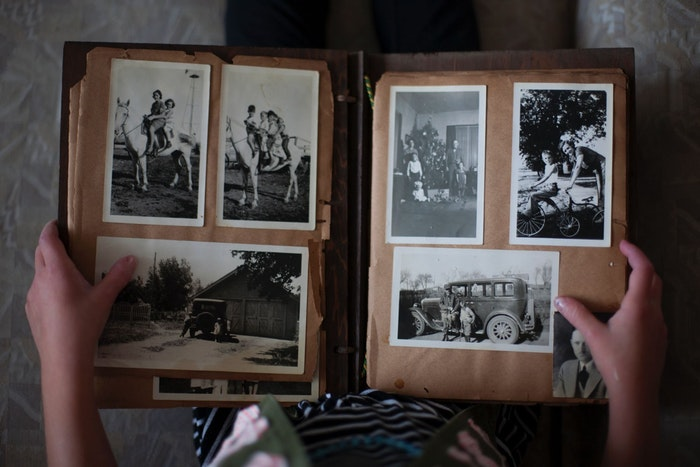 To Connect & Express: The Importance of Life Story Work with Dementia Patients