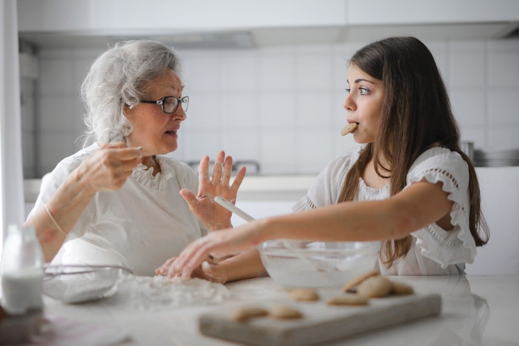 How to Say Goodbye to a Senior Loved One and Prepare for Goodbye