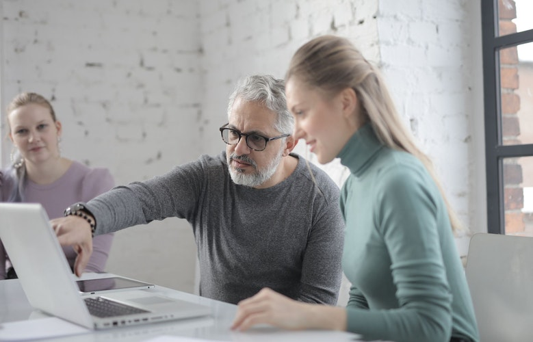 """What to Put in Your """"When I Die"""" File: How To Organize Estate Planning Documents"""