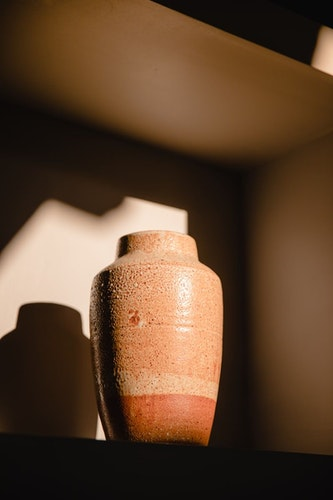 Guide to Buying a Cremation Urn: Where to Buy Urns for Cremated Remains?