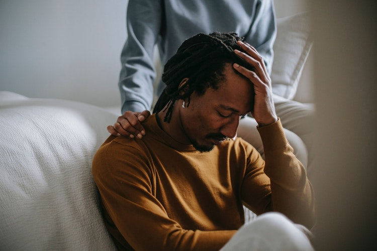 What to Say to Someone Who's Lost a Loved One